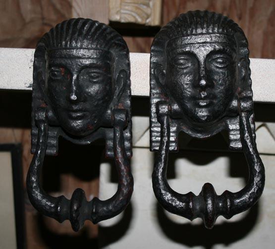 Pr cast knockers