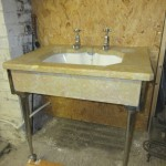 1930s Deco marble topped wash basin